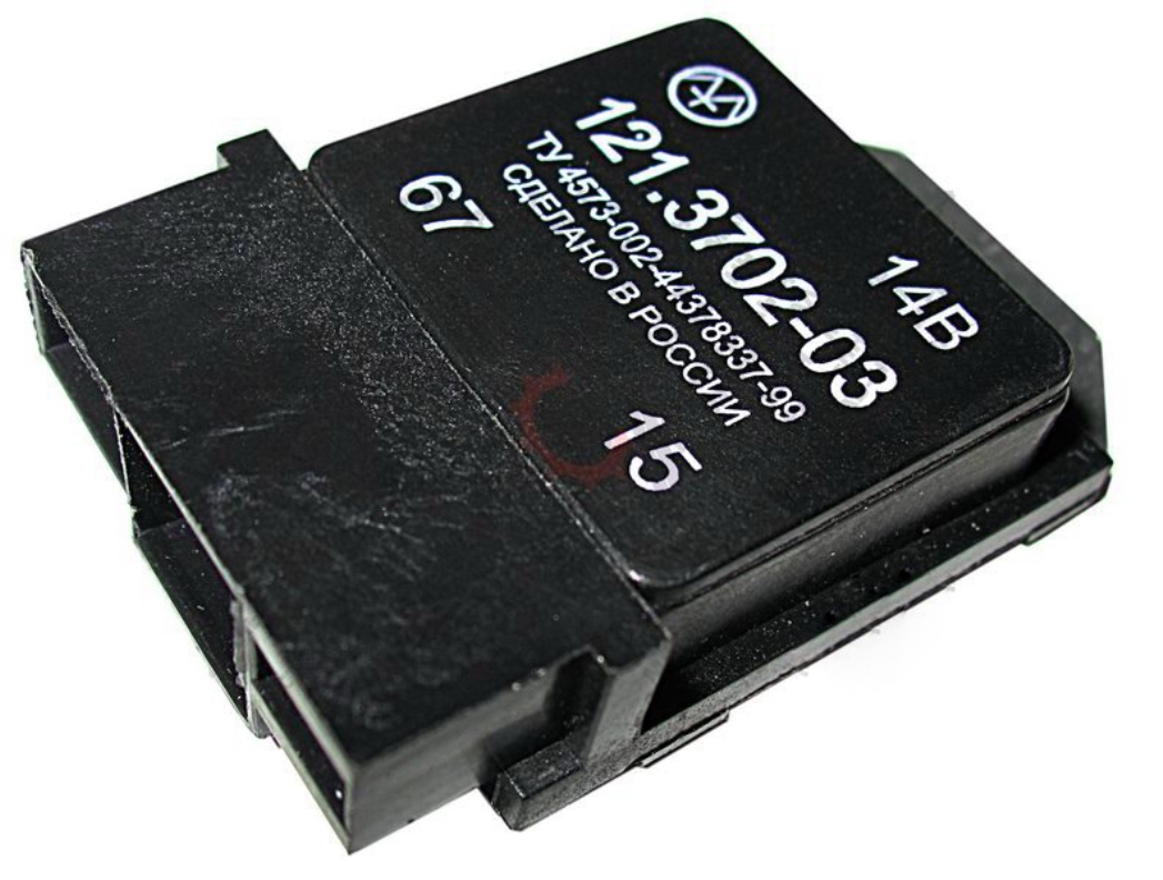 Фото №28 - ВАЗ 2110 реле генератора