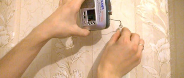 Детектор скрытой проводки из кассетного плеера