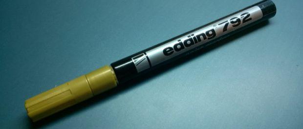 Edding 792