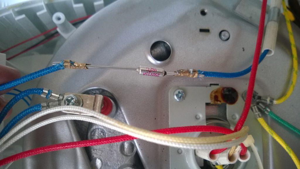 сгорел термопредохранитель в мультиварке