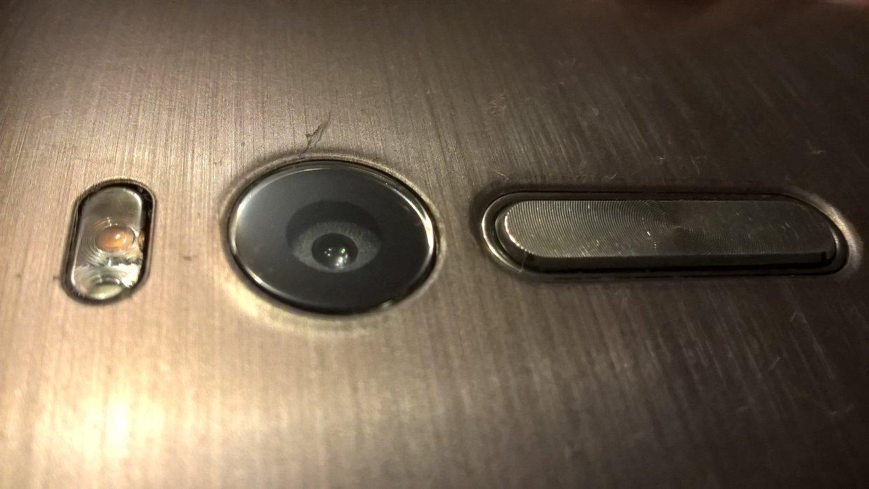 Как отполировать стекло камеры на телефоне в домашних условиях
